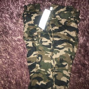 Camouflage casual joggers